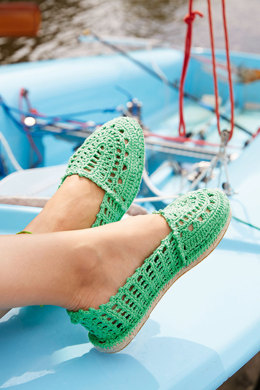 Crocheted Espadrilles in Schachenmayr Catania - S9017