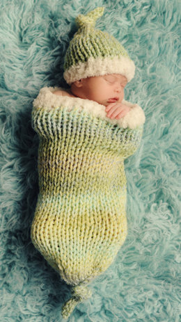 Sweet Dreams Baby Cocoon and Hat Set in Lion Brand Tweed Stripes - L20132