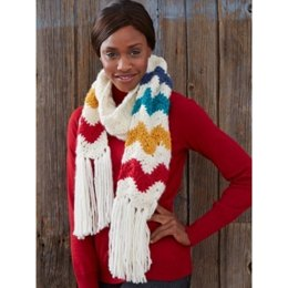 Mountain Peaks Scarf in Bernat Roving