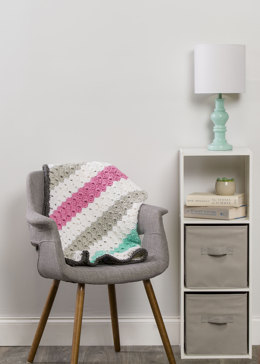 Cornerto Corner Throw in Premier Yarns Everyday Bulky - Downloadable PDF