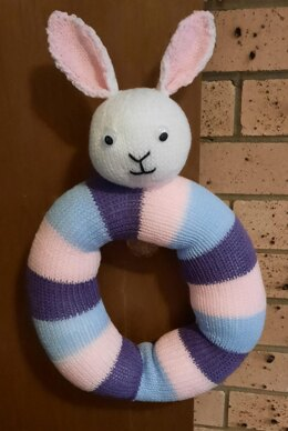 Bunny Easter and Christmas Wreath Knitting Pattern