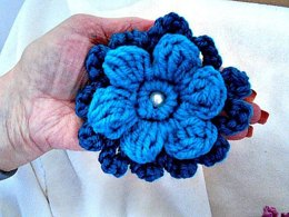 952 Layered Puff Flower