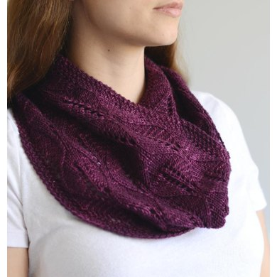 Laurel Leaf Cowl