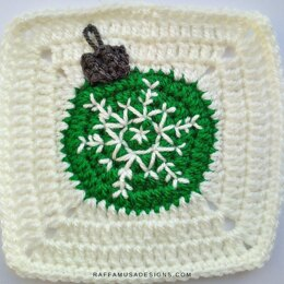 Christmas Bauble Granny Square