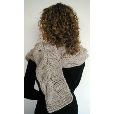 Agnes Shaped Scarf