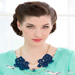 Statement Necklace in Aunt Lydia's Classic Crochet Thread Size 10 Solids - LC3594