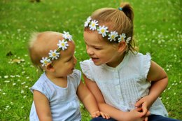 The Daisy Chain Headband