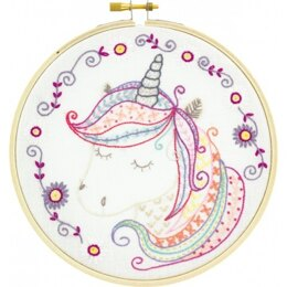 Un Chat Dans L'Aiguille Léonie, Magic Unicorn Embroidery Kit