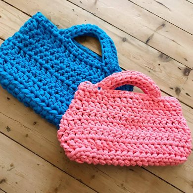 T Shirt Yarn Bag Crochet Pattern By Komodo Krafts