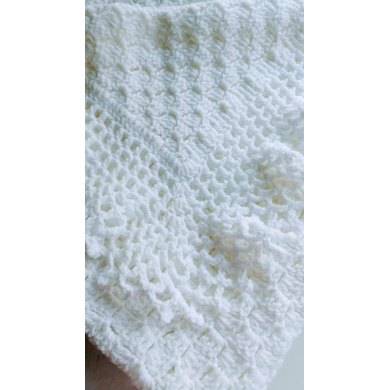 Flos Lacy Baby Afghanchristening Shawl Crochet Pattern By Flos