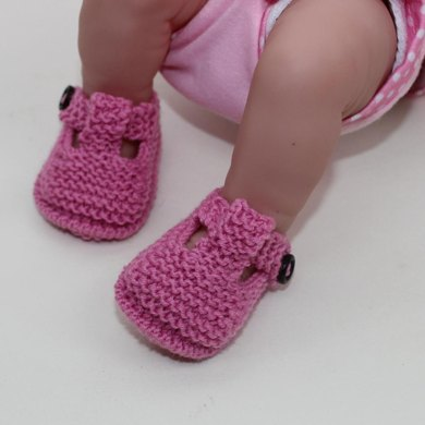 Preemie Baby T Bar Sandals Knitting Pattern By Madmonkeyknits