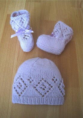 Little Angel Hat & Booties Set