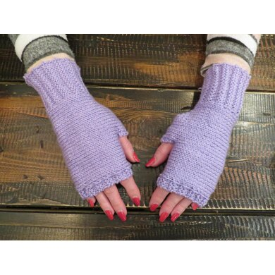 Knit-to-Fit seamless fingerless mittens