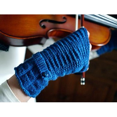 Kiltie Fingerless Mitts Knitting pattern by Anne Hanson | Knitting ...