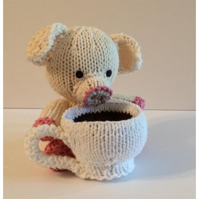 Knitkinz Piglet for Your Office