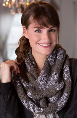 Ripple Infinity Cowl in Red Heart Shimmer Multis - LW4269