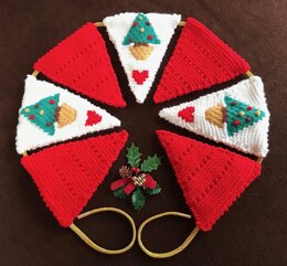 Christmas Tree Fireplace Bunting in Sirdar Snuggly DK