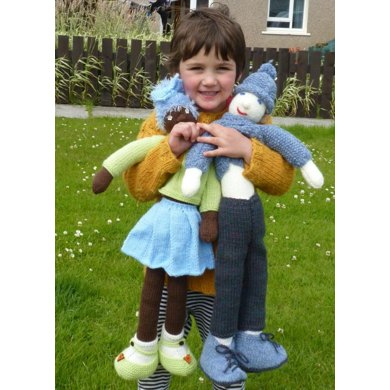 """""""Ami and Jamie"""" Knitted Rag Dolls"""