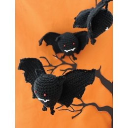 Halloween Bat Toys in Lily Sugar 'n Cream Solids