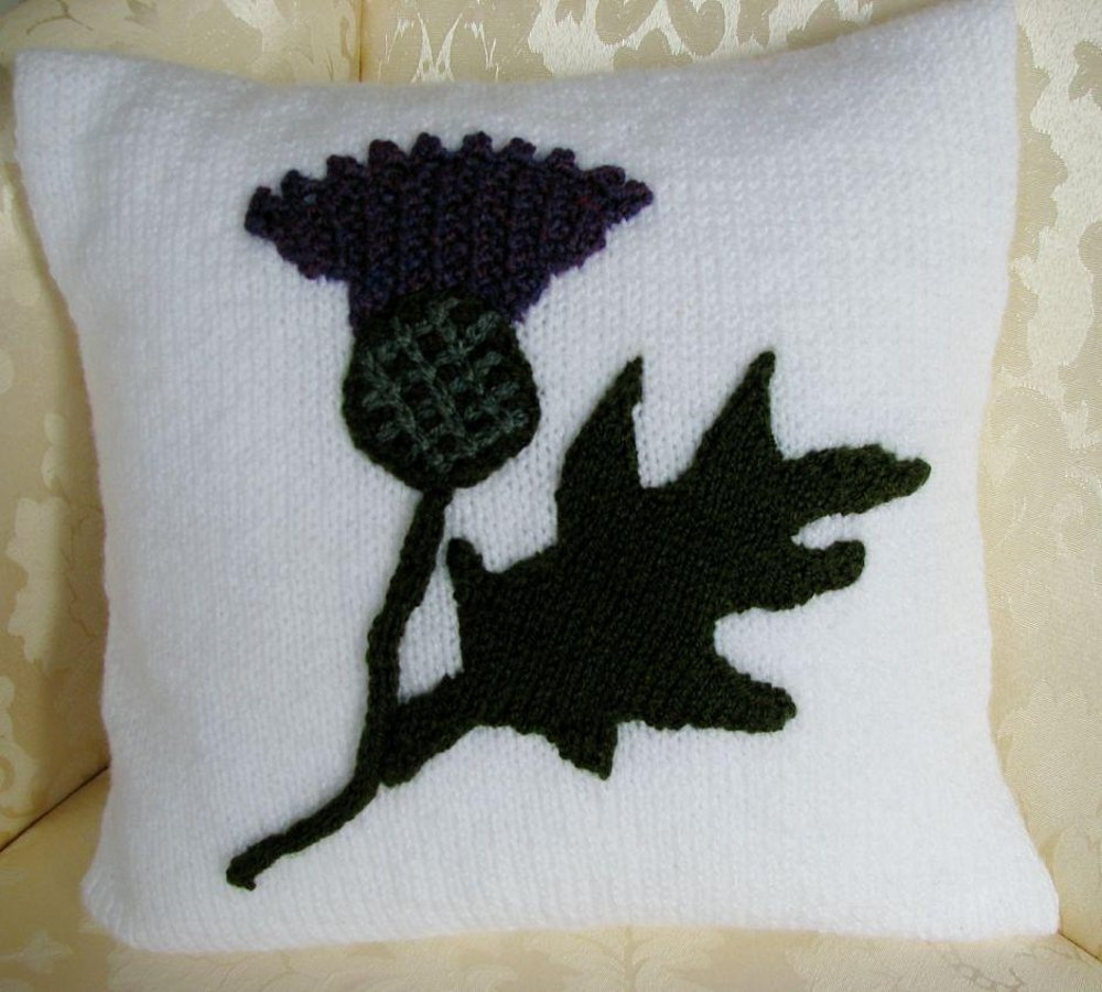 scottish thistle cushion cover knitting pattern by emmarose crafts