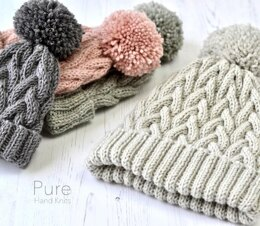 Nysa Bobble Hat