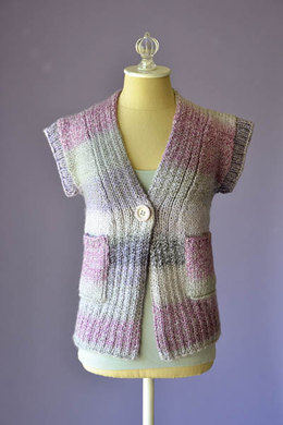 Cake Cardi in Universal Yarn Major - Downloadable PDF