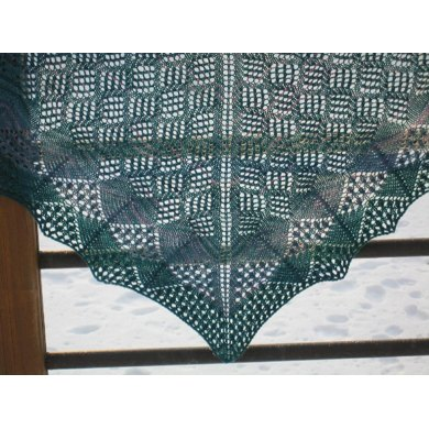 Through The Looking Glass, Shawl