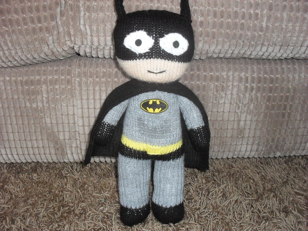 Knitting Pattern Batman Jumper : BATMAN KNITTING PATTERN Knitting pattern by madknit