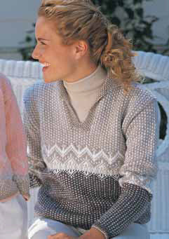 Casual Pullover in Patons Astra