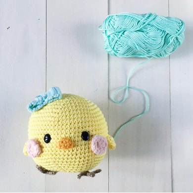 Piyoko-chan the chubby chick amigurumi crochet pattern by amigurumei