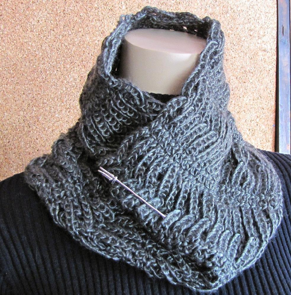 Knitted Chainmail Pattern : Chainmaille Cowl, Neckwarmer, & Mens long Scarf Crochet pattern by V...