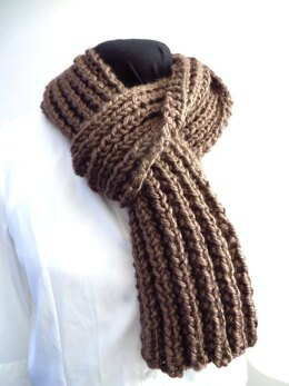 Easy Knit Chunky Scarf