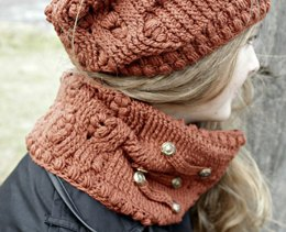 Frostberry Cowl