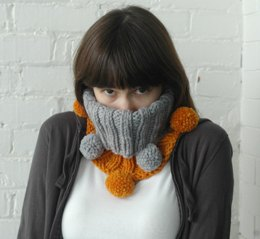 Bauble Cowl