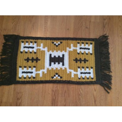 Storm Pattern Fringed Throw