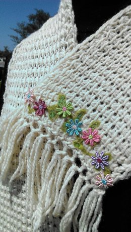 Quick & Easy Tunisian Crochet Flower Edged Scarf with Photo Tutorial
