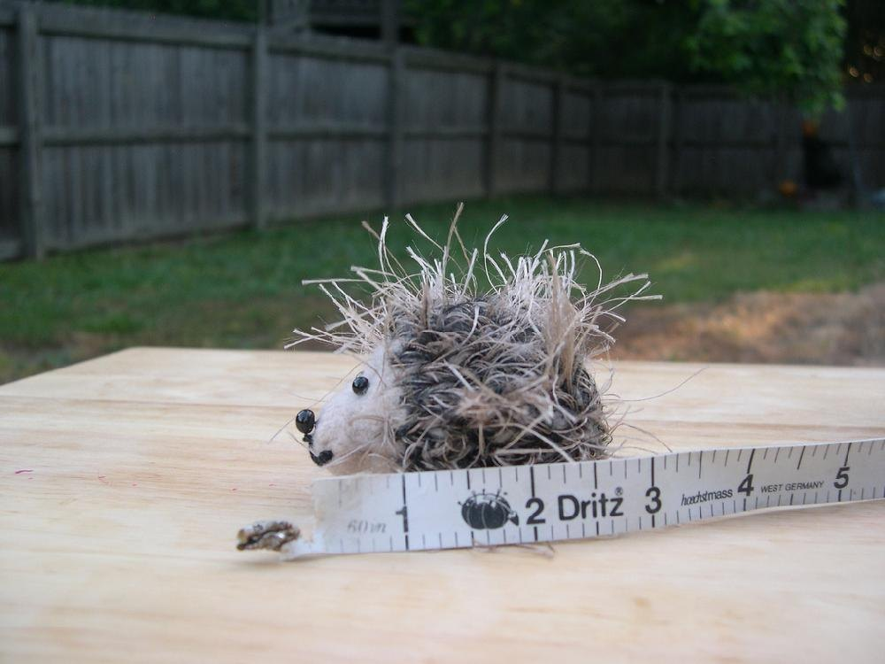 Small Hedgehog Knitting Pattern : Small and Mini Hedgehogs Knitting pattern by Anita ...