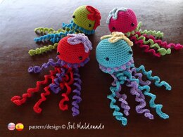 Amigurumi Crochet rattle JellyFish
