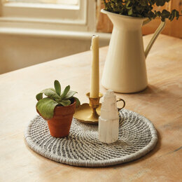 DMCThe Wind Down Table MatMacrame Kit