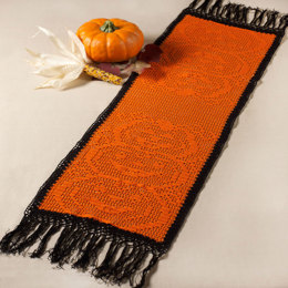 Stacked Pumpkin Table Runner in Aunt Lydia's Classic Crochet Thread Size 10 Solids - LC3732