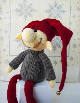 Elf Christmas doll knitted flat