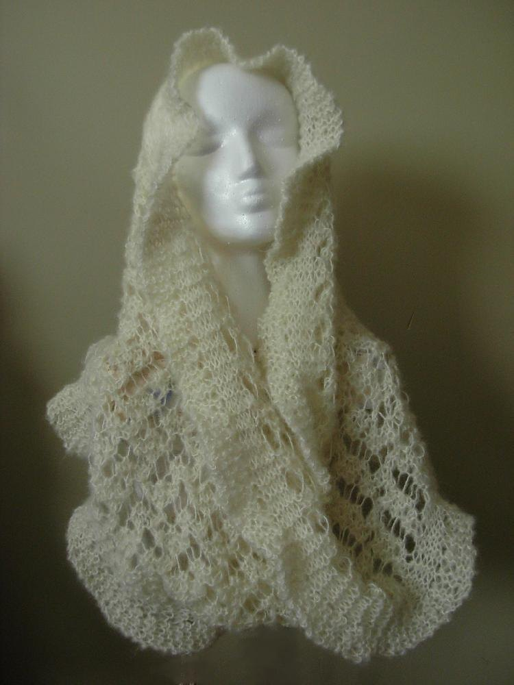 Knitting Patterns For Young Knitters : Spirit Lace Cowl Knitting pattern by Carol Young ...