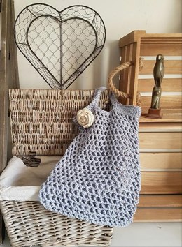 Shopping bag UK and US crochet terms