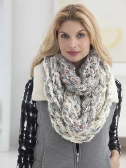 Lush Plush Arm Knit Cowl in Lion Brand Homespun Thick & Quick - L40016