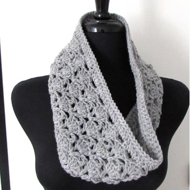 Arched Shells Cowl