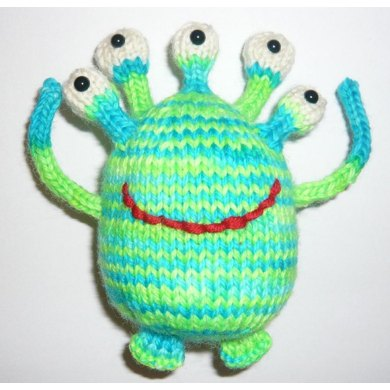 Knitted Alien