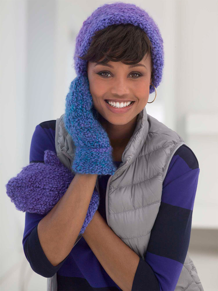 True Blue Hat And Mittens In Lion Brand Homespun Thick Quick