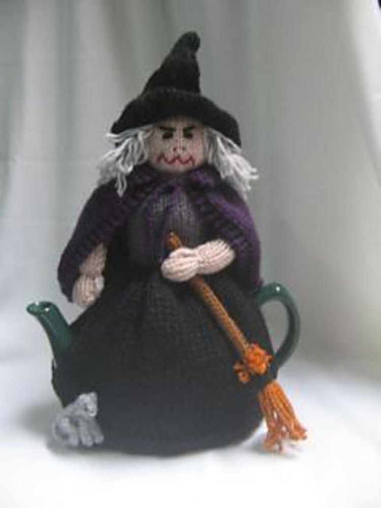 Witch Tea Cosy Knitting pattern by Rian Anderson | Knitting Patterns ...