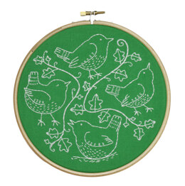 Hawthorn Handmade Wandering Wrens Embroidery Kit - 7in