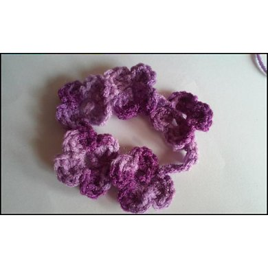 Simple and Pretty Flower Bracelet